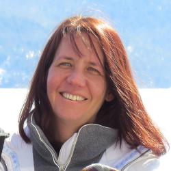 Laura Carr_analytics director crop